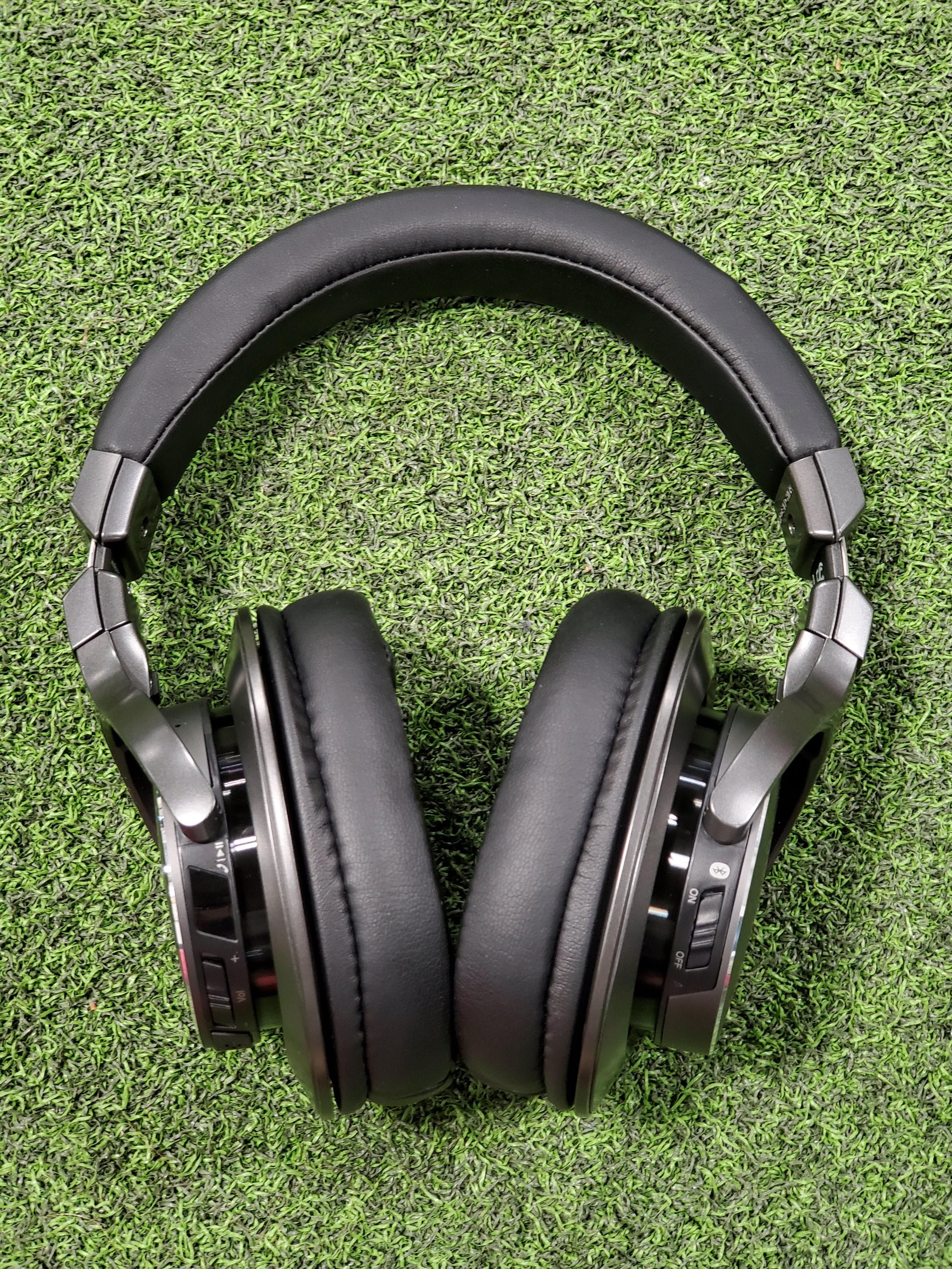 Audio-Technica ATH-DSR7BT Bluetooth headphones front view